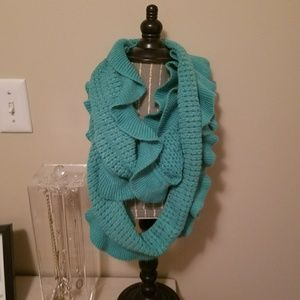 Brand New With Tag Teal Ruffle Knit Scarf